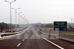 Cao tốc Bến Lức - Long Thành chậm tiến độ nửa năm vì thiếu mặt bằng sạch