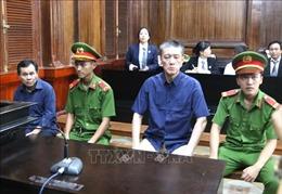 Hai đối tượng lừa làm quốc tịch Mỹ cho Vũ 'nhôm' lĩnh 20 năm tù giam