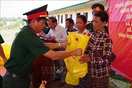 Khám bệnh, cấp phát thuốc miễn phí cho trên 1.000 người nghèo Campuchia