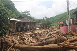 Bàn giao 51 ngôi nhà tái định cư cho người dân vùng lũ Sa Ná