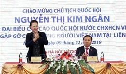 Chủ tịch Quốc hội Nguyễn Thị Kim Ngân thăm, gặp gỡ cộng đồng người Việt Nam tại Nga