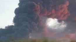 Cháy nhà máy nhựa hoạt động 'chui', ít nhất 8 người tử vong