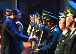 Lãnh đạo thành phố Đà Nẵng gặp cán bộ, sĩ quan Quân đội đã nghỉ hưu