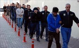 Hàng chục quân nhân Thổ Nhĩ Kỳ bị bắt giữ do liên quan đến âm mưu đảo chính