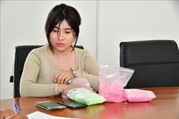 Nữ lễ tân khách sạn nhập cảnh trái phép mang theo hơn 3.000 viên ma túy tổng hợp