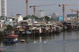 Phát triển đô thị Tp. Hồ Chí Minh - Bài 1: Vẫn khó di dời nhà ven kênh rạch