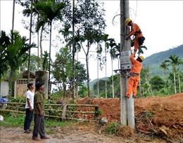 Người dân 'vùng lõm' Quảng Ngãi sắp có điện vui xuân đón Tết