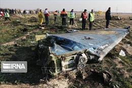 Iran cam kết xử lý nghiêm vụ bắn nhầm máy bay chở khách của Ukraine