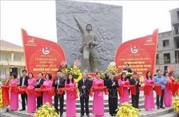 Khánh thành công trình thanh niên 'Tượng đài Anh hùng Liệt sĩ Nguyễn Viết Xuân'