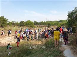 Trượt chân ngã xuống hồ, hai học sinh bị đuối nước thương tâm