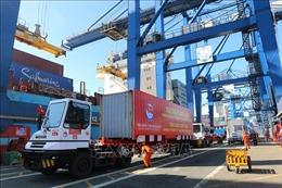 Tháng 2, thặng dư thương mại hàng hóa đạt 100 triệu USD