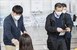 Bầu cử Quốc hội Hàn Quốc: Tỷ lệ cử tri tham gia bỏ phiếu sớm cao kỷ lục