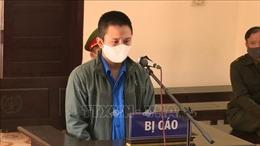 Đối tượng chống người thi hành công vụ tại chốt kiểm dịch COVID-19 nhận án phạt nghiêm khắc