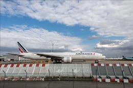 Pháp sẵn sàng với các gói vay 'lịch sử' cho Air France và Renault