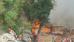 Cháy lớn tại trại tị nạn có người Rohingya ở Bangladesh