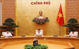 Xem xét cách ly chuyên gia nước ngoài và người thân khi đến Việt Nam