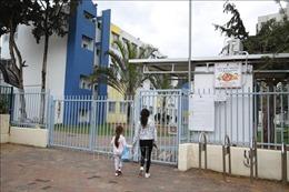 Hàng loạt học sinh và giáo viên mắc COVID-19, Israel đóng cửa hơn 100 trường học