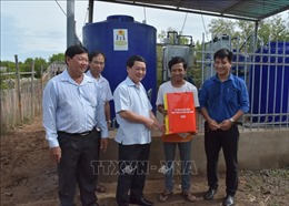 Hỗ trợ người dân Bạc Liêu gặp khó khăn do dịch COVID-19 và hạn hán, xâm nhập mặn