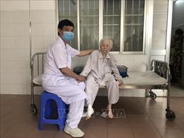 Phẫu thuật thay khớp háng thành công cho cụ bà 103 tuổi
