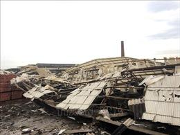 Gió lốc làm sập xưởng gỗ khiến 3 người tử vong, khoảng 20 người bị thương