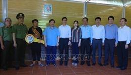 Bàn giao 'Mái ấm người nghèo nơi biên giới' tặng các hộ nghèo tại Sơn La