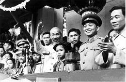 Kỷ niệm 63 năm Ngày Bác Hồ về thăm Quảng Bình: Bác Hồ-Tượng đài bất tử trong lòng dân 