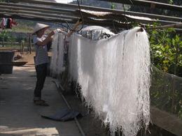 Lai Châu: Xây dựng thương hiệu sản phẩm miến dong Bình Lư