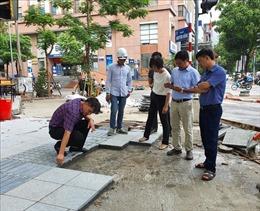 Bắt đầu kiểm tra lát đá vỉa hè tại Hà Nội