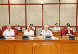 Tổng Bí thư, Chủ tịch nước chủ trì cuộc họp của Bộ Chính trị với Ban Thường vụ Thành ủy Cần Thơ