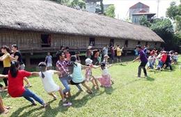 Sân chơi gắn kết các thành viên trong gia đình tại Bảo tàng Dân tộc học Việt Nam