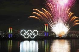 Màn pháo hoa đếm ngược một năm đến Olympic Tokyo