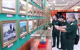 Triển lãm 'Lực lượng vũ trang Quân khu 7- Tự hào vững bước dưới cờ Đảng'