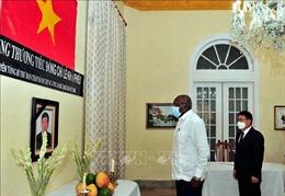 Lễ viếng nguyên Tổng Bí thư Lê Khả Phiêu tại Cuba