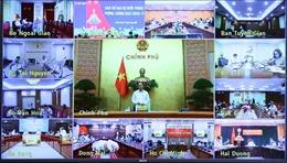 Thủ tướng Nguyễn Xuân Phúc: Tăng cường hệ thống, nâng cao khả năng xét nghiệm COVID-19