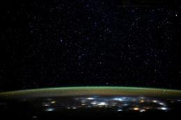 Nghiên cứu khoa học củng cố cho thuyết sự sống bắt nguồn từ vũ trụ