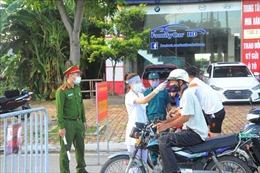 Duy trì các chốt kiểm dịch ở thành phố Hải Dương, cho hoạt động một số dịch vụ thiết yếu