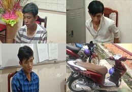 Tạm giữ 3 đối tượng chặn đường cướp xe máy của nữ công nhân