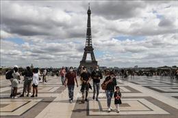 Dịch COVID-19: Nhiều nước châu Âu gia tăng các biện pháp chống dịch
