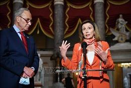 Mỹ: Đảng Dân chủ ra điều kiện để thông qua gói cứu trợ các hãng hàng không