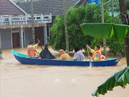 Nhiều hoạt động hỗ trợ người dân vùng bị ngập sâu, chia cắt ở Quảng Trị