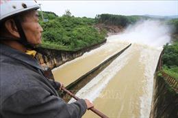 Hồ Kẻ Gỗ giảm xả tràn, bảo đảm an toàn cho hạ du
