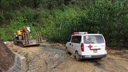 Ngành Y tế 'kích hoạt' các đội cơ động sẵn sàng hỗ trợ vùng lũ