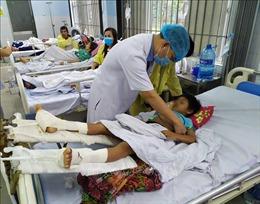 Tích cực chăm sóc các nạn nhân vụ sạt lở đất tại xã Trà Leng