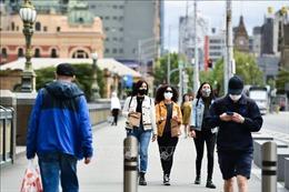Hai bang đông dân nhất Australia mở lại biên giới