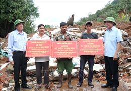 Hỗ trợ các gia đình ở Đắk Lắk có nhà bị sập hoàn toàn do mưa lũ