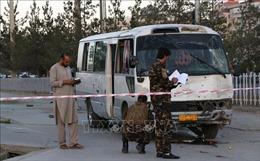 Afghanistan: Một xe buýt chở khách bị các phiến quân có vũ trang bắt cóc
