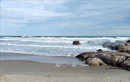 Tìm thấy thi thể du khách thứ hai bị sóng biển cuốn trôi ở Bình Thuận