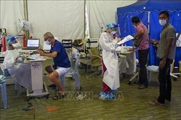 Hệ thống y tế Malaysia đối mặt nguy cơ quá tải