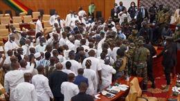 Ẩu đả giữa các nghị sĩ tại Quốc hội Ghana
