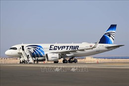Hãng hàng không quốc gia Ai Cập nối lại đường bay tới Qatar